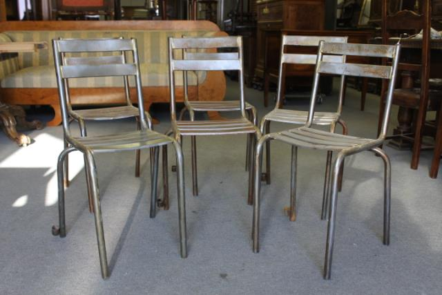 Gruppo n. sei sedie industriali in ferro vintage epoca 1940